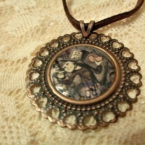 Mad hatter Alice Necklace